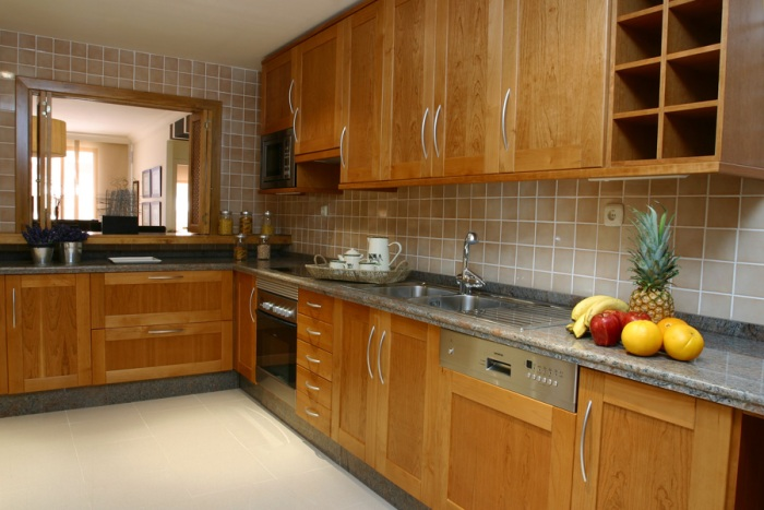3-Kitchen.jpg
