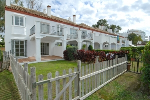 Ribera del Guadalmina TH-1. Marbella Townhouse.